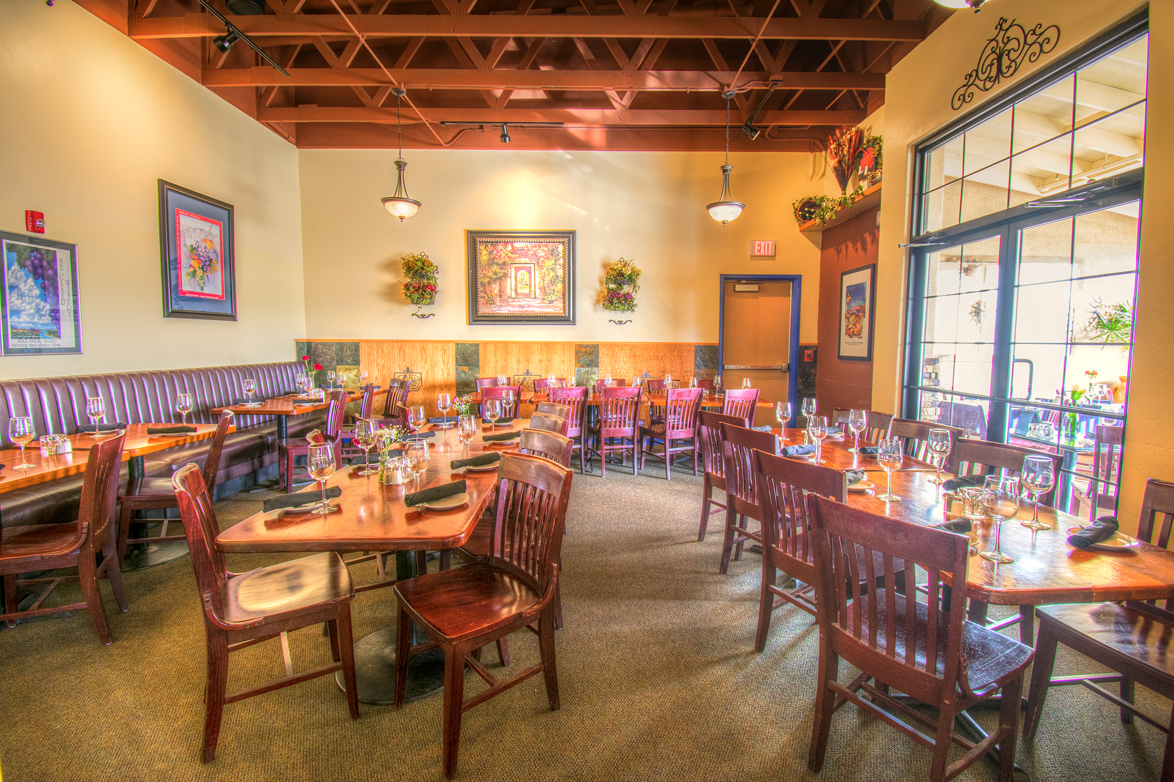 One of our popular event spaces is our Rio Grande Room with it's natural light and spacious privacy.
